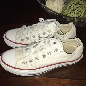 Converse sneakers size 7